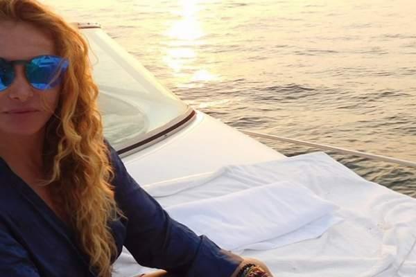 Paulina Rubio no parece embarazada en foto reciente