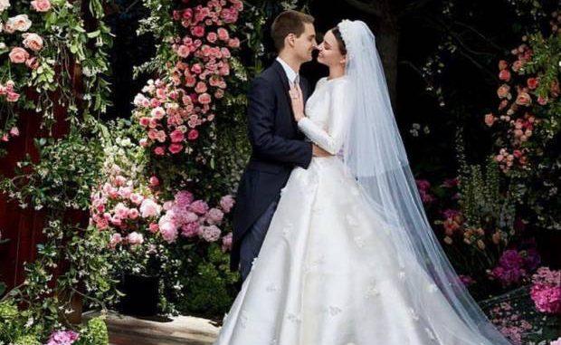 Miranda Kerr da de qué hablar por su concepto de mujer casada