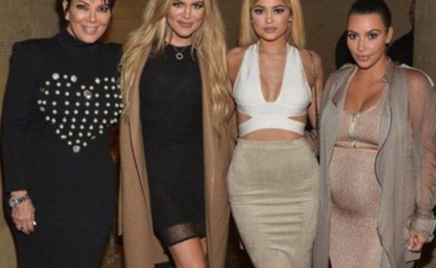 Kris Jenner- Khloe Kardashian Kylie Jenner- Kim Kardashian