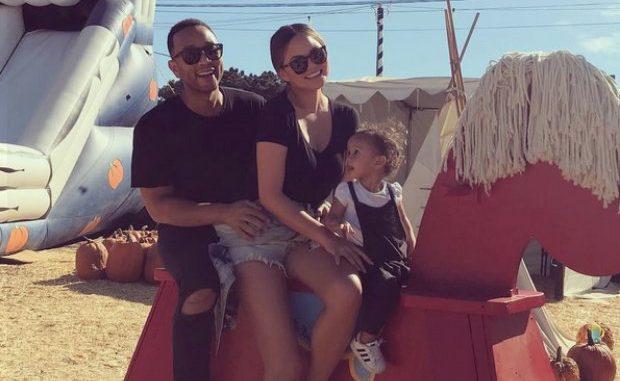 ¡Chrissy Teigen y John Legend esperan a su segundo hijo!