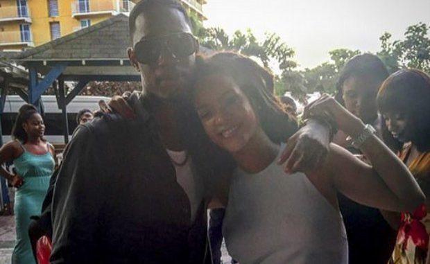Rihanna sigue muy afligida por asesinato de su joven primo