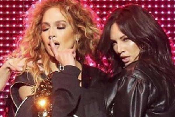 Jennifer Lopez confiesa que no se amaba a los 30 y pocos años