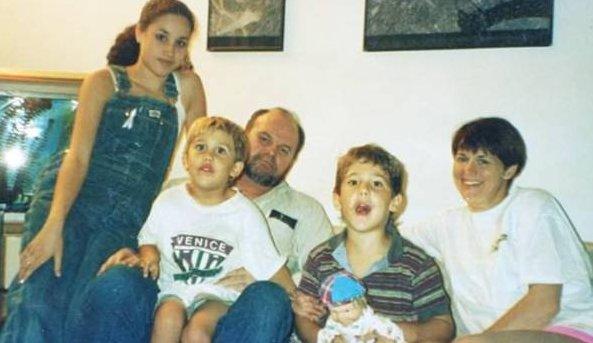 Meghan Markle de chiquita con su padre y su hermana