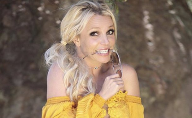 Britney Spears sufre una fractura en el pie