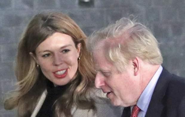 Boris Johnson se convierte nuevamente en padre