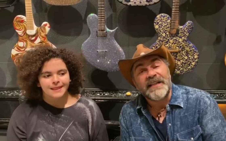 Manuel Mijares muestra las cualidades vocales de su hija Lucerito