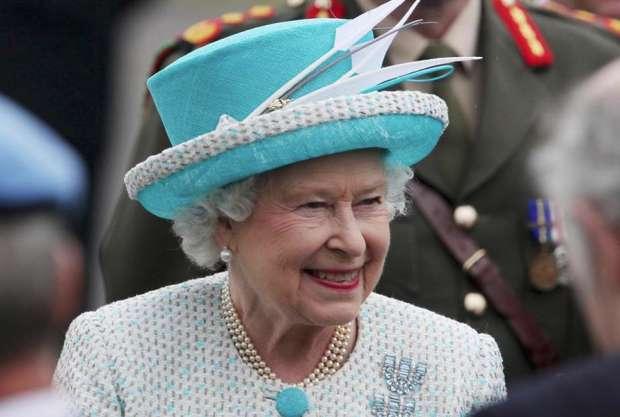 La reina Elizabeth II enfrenta agujero financiero de US$22 millones