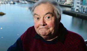 Muere el comediante Eddie Large por coronavirus