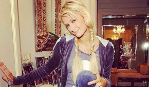 Paris Hilton deja los negocios en segundo plano por la familia