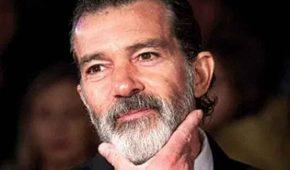 Antonio Banderas se molesta ante el acoso de paparazzi