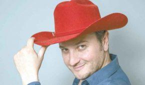 Cantante Fabrizio Presley gana demanda a TV Azteca