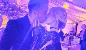 Paris Hilton oficializa su romance con el empresario Carter Reum