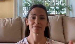 Jennifer Garner llora mientras habla sobre cómo sus hijos lidian con la pandemia