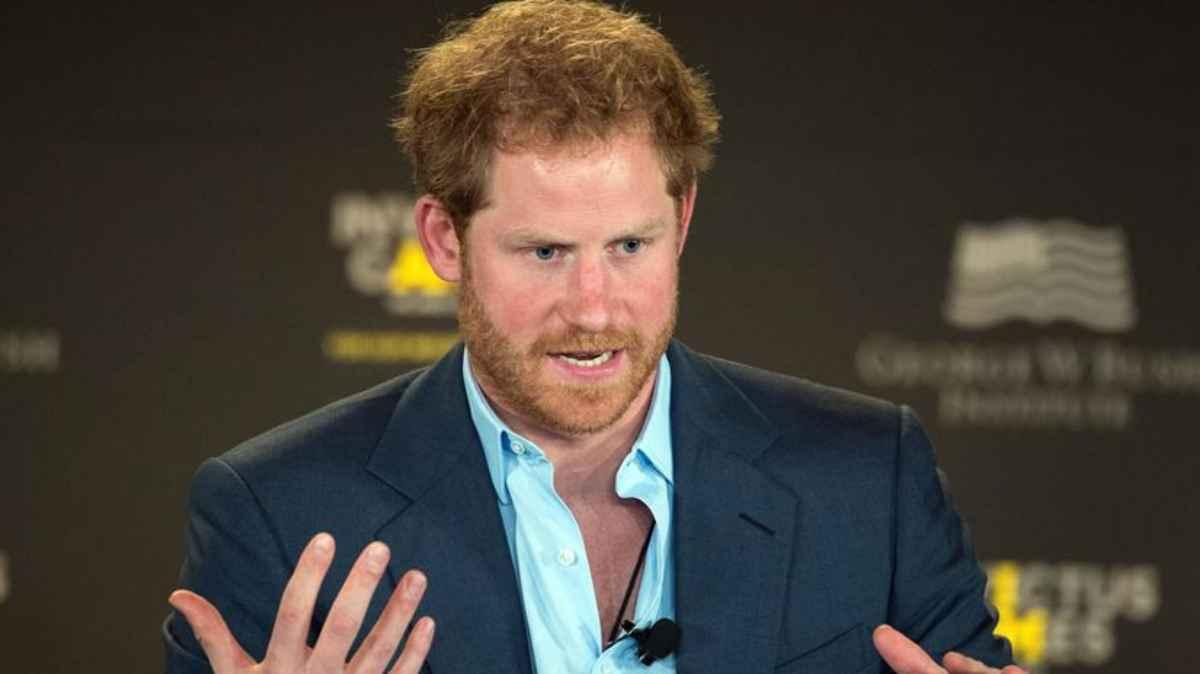 El Principe Harry Tiene Una Nueva Figura Paterna Y Es Una Estrella De Hollywood Labotana Com
