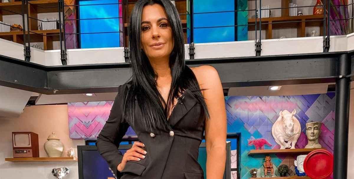 Cecilia Galliano es señalada por defraudar a médico y bar