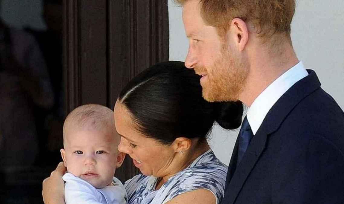 Meghan Markle y el príncipe Harry lanzarán una tarjeta de Navidad con su hijo
