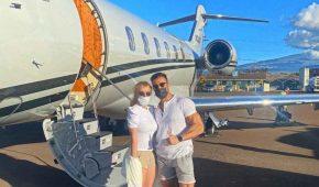 Britney Spears y su novio viajan a Hawaii en un avión privado