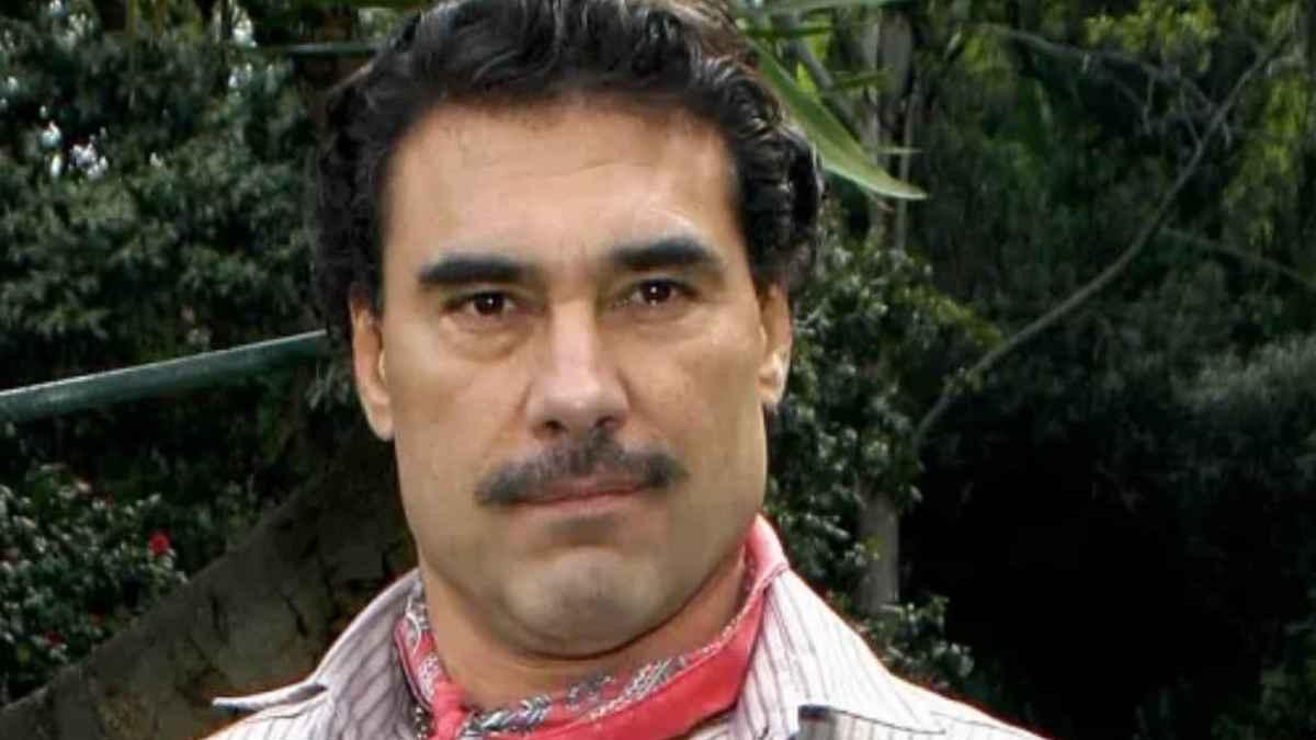 Eduardo Yáñez dice que se mantiene joven gracias al semen de ballena