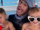 Enrique Iglesias con sus hijos